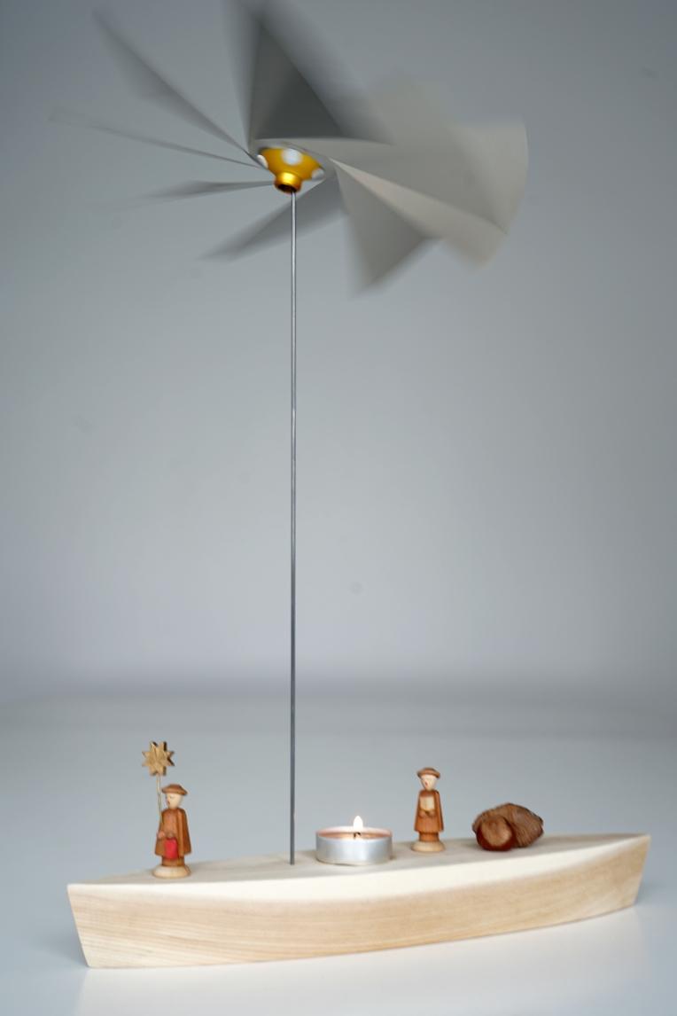 1 mast 1 deck 13 inches mit sternsingern b.jpg